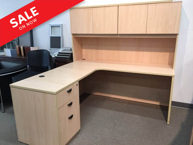 Pre-owned Laminated Workstation Package